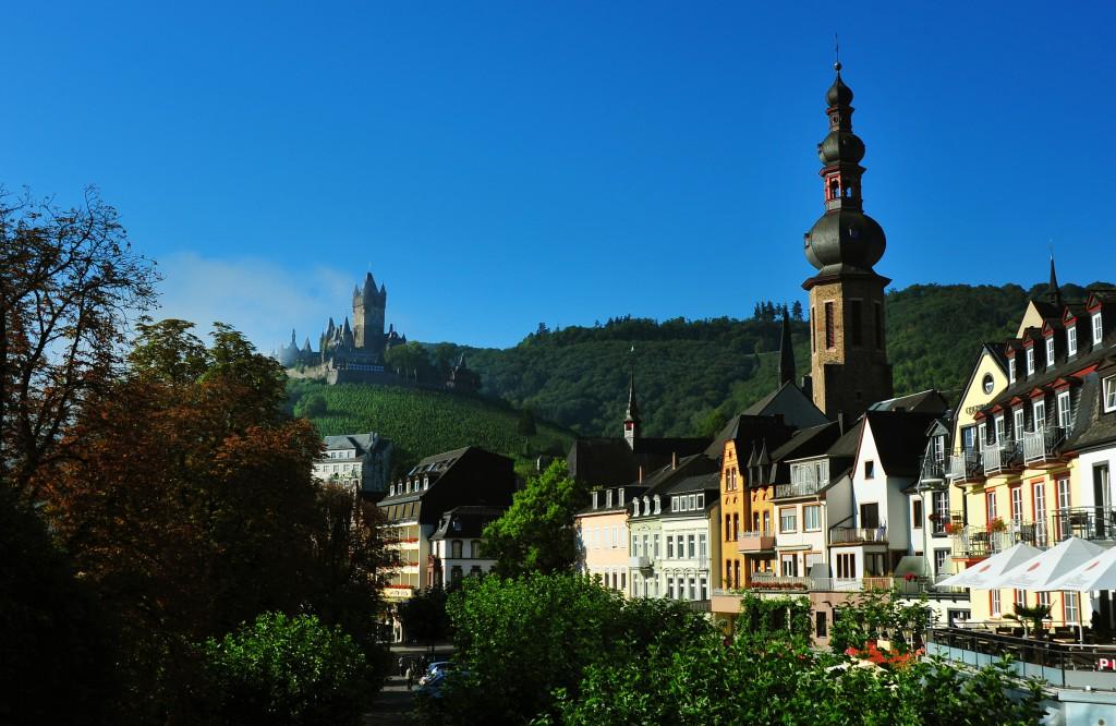 Germania +Kirche + Burg-quer-0128
